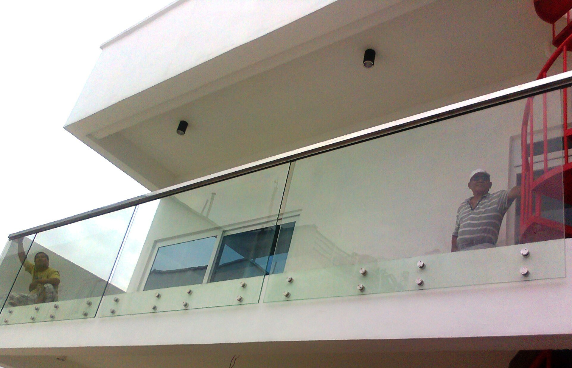 Frameless balcony railing for Glass balcony railing